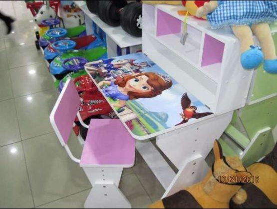 Дитяча парта з підйомом стільниці (Україна)